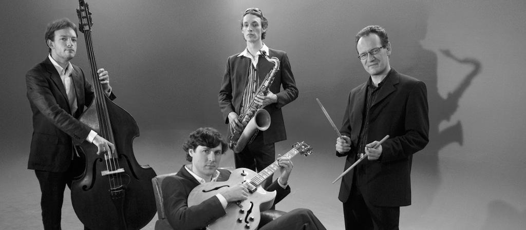 jazz-band-provence-wedding weddings-abroad-experts.com